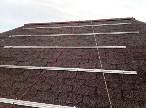tvirtinimo konstrukcija ant bituminio stogo