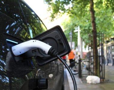 parama-elektromobiliams